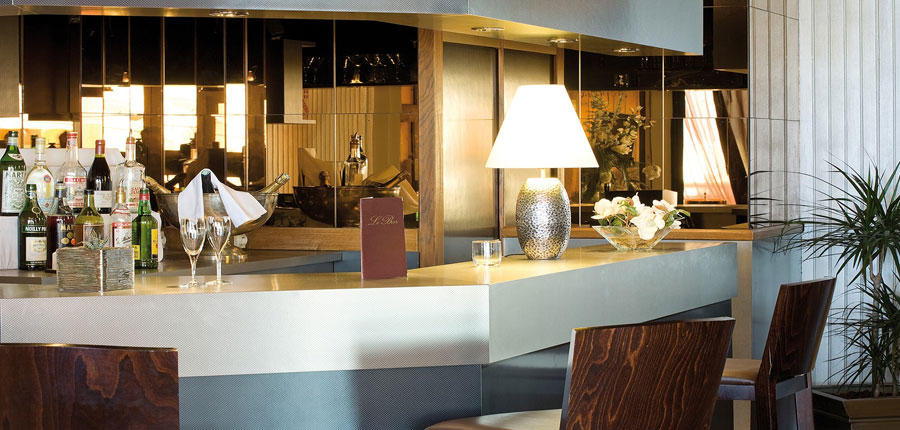 france_three-valleys_val-thorens_hotel_le_portillo_bar1.jpg